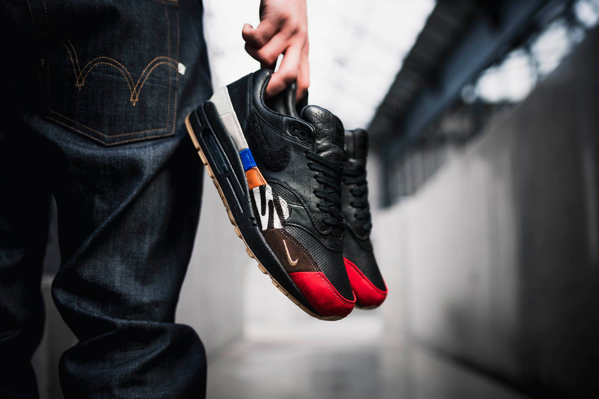 low priced 2f906 cb663 Featuring everything from Safari print to Elephant print and OG Red and  Blue suede, the Air Max 1  Master  celebrates icons from all generations.