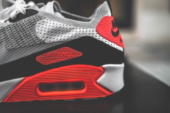 "#SneakerFocus: Nike Air Max 90 2.0 Flyknit ""Infrared"""