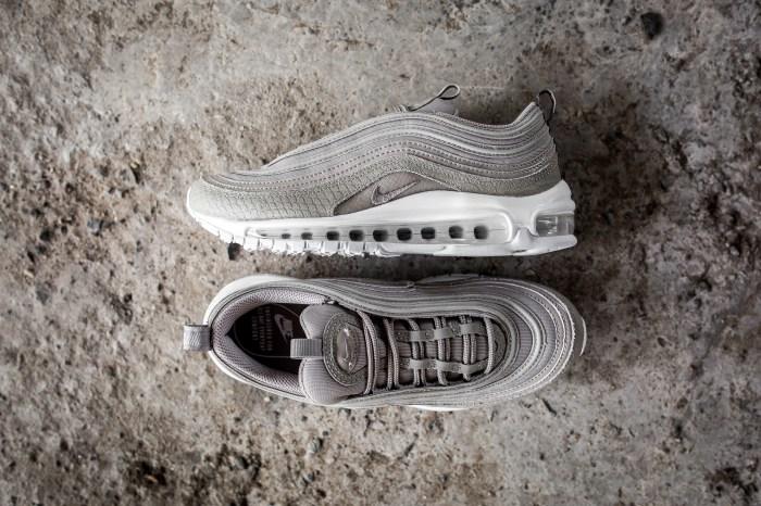 pretty nice 1c03e 5cbb2 Nike Air Max 97 - Womens - Sneaker Myth