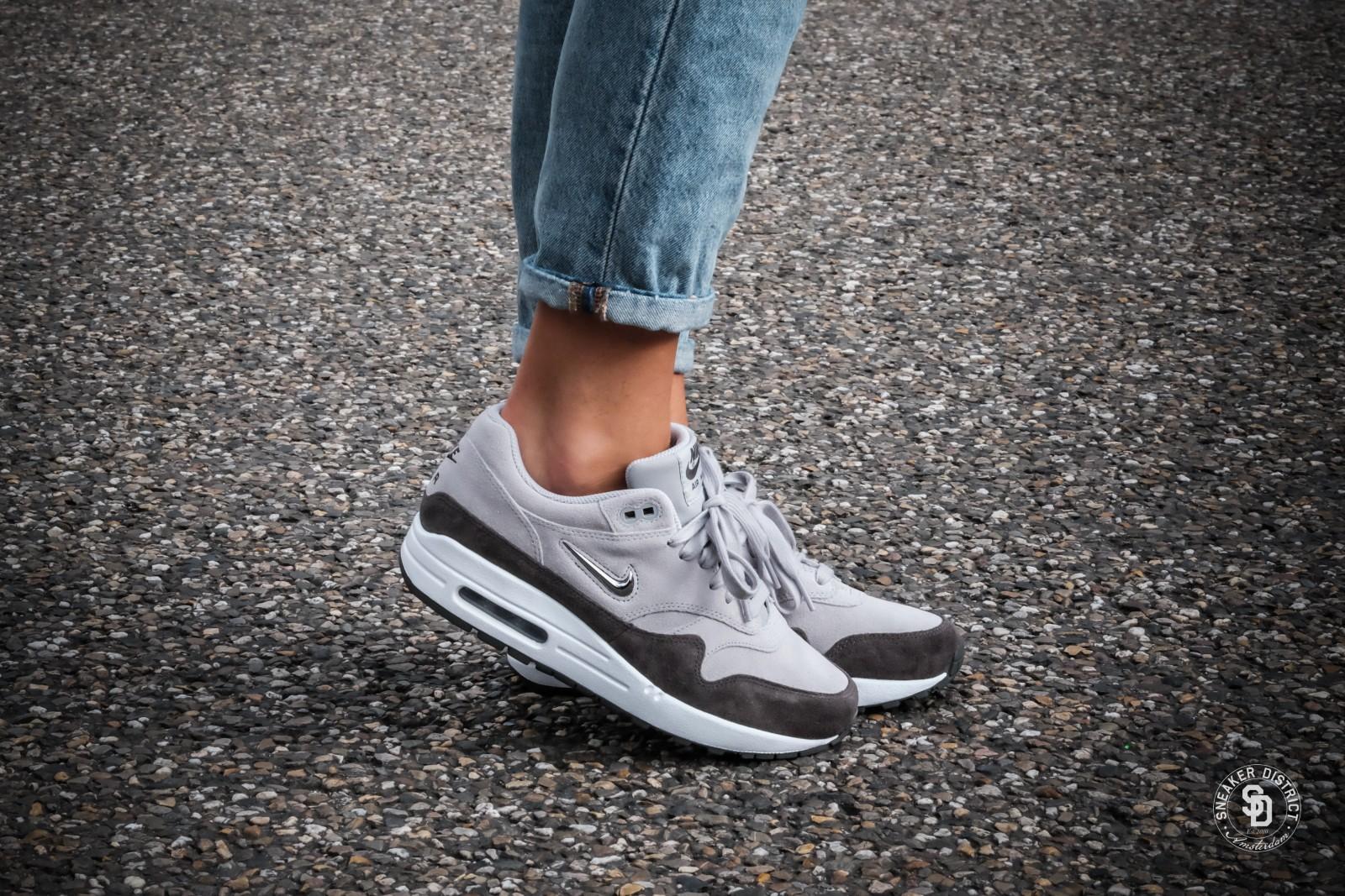 Nike-Womens-Air-Max-1-Premium-SC-Jewel