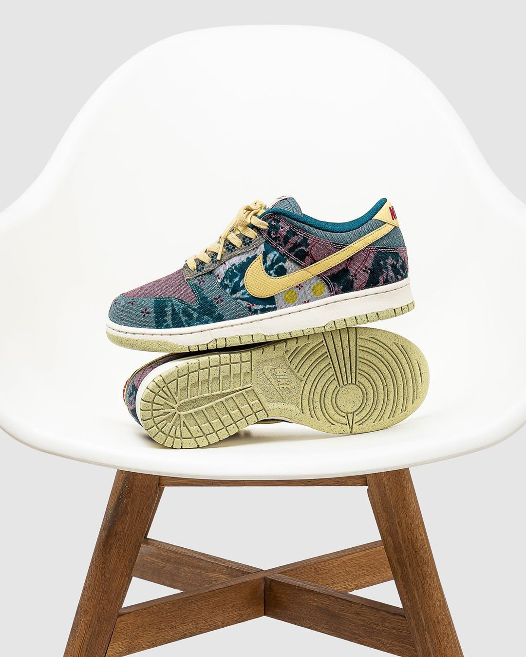 Nike Dunk Low Sp Community Garden Sneaker Myth