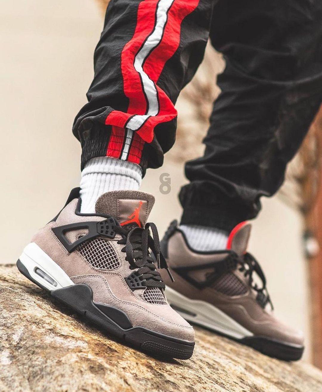 Air Jordan 4 Retro 'Taupe Haze' - Sneaker Myth